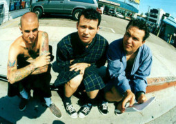 Amazing news for Blink-182 fans as band make surprise announcement