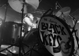 The Black Keys get tribute burger and it looks awesome