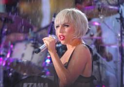 Lady Gaga hospitalised: shares oxygen mask selfie