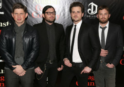 Kings of Leon cancel show after Nathan Followill injured in tour bus accident