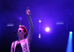 """La Roux has """"never made any money from record sales"""""""