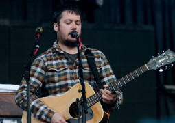 Modest Mouse to tour UK this summer