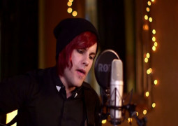 Sub Sessions: Fearless Vampire Killers – Maeby (acoustic)