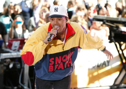 Chris Brown stuck in Philippines because of contract dispute