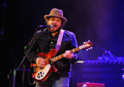 Wilco dropped a surprise album called 'Star Wars' last night and you can own it for free