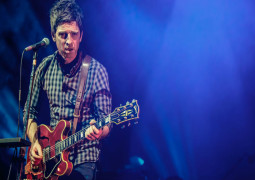 Noel Gallagher Takes Aim At Today's Pop Stars!