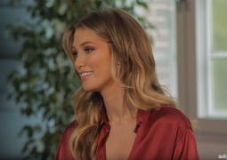 Delta Goodrem Over Exposed